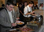 Das Buffet lies keine Wünsche offen. Schwein, Rind, Geflügel sowie Fisch und jede Menge Beilagen und Salate. Abgeschlossen wurde das Festmahl mit einem Nachspeisen-Buffet, das für jeden Geschmack etwas bot.
