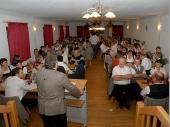 Die Eröffnung unseres Schützenmeisters vor einem gut gefülltem Saal. Fast alle Mitglieder, Freunde und Gönner des Vereins nahmen am Festabend teil.