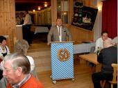 Vor den Ehrungen warf Jakob Schref einen Blick zurück in die Historie des Vereins und ging aus die Stationen des Festjahres ein.