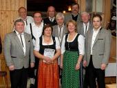 Für 35 bzw. 40 Jahre Mitgliedschaft wurden geehrt: Peter Murla sen., Herbert Hillenmeyer, Irmgard Hillenmeyer, Anton Brandl, Bartl Maierthaler, Alois Heim, Anton Maierthaler.