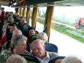 Auch dieses Jahr hat sich jung und alt am Ausflug beteiligt.Drei Generationen im  Bus - und der war voll.