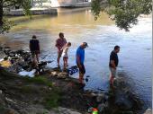 Der direkte Zugang zur Donau wurde nicht nur von der Jugend benützt.