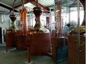 Hier wird der edle Single Malt Whisky destilliert. Ein wirklich guter Tropfen entsteht hier am Schliersee – der allerdings auch seinen Preis hat.