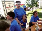 Ein bisschen Pause – ein bisschen Kinderbetreuung. Für unsere Kleinsten ist das Bergfest immer ein besonderes Ereignis.