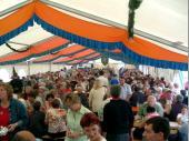 Jung und Alt erfreuen sich jedes Jahr an sowohl an den Attraktionen als auch an den kulinarischen Genüssen, die das Bergfest zu bieten hat.