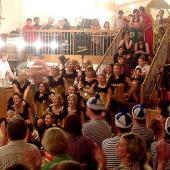 Die Hot-Sisters aus Neufraunhofen rundeten den Abend mit einer ansehnlichen Show-Tanz-Einlage ab.