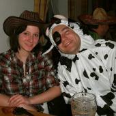Die Kuh (oder der Ochse??) mit Rinderwahnsinn und seine Betreuerin.