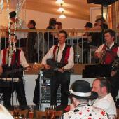 Die drei Musiker aus dem Zillertal hielten den volkstümlichen Kurs ihrer Musik aufrecht.