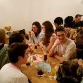 Die Nachwuchsschütz/innen der Grenzlandschützen waren mit zehn Leuten in Wambach vertreten. Das war einfach großartig. Der reservierte Tisch reichte nicht aus, um alle unterzubringen. Das dürfte jedoch kein Problem gewesen sein. Hauptsache es hat Spaß gemacht.