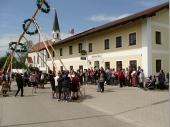 Diese Attraktion wurde von vielen Zuschauern verfolgt. Der Besuch am 1. Mai in Steinbach war sehr gut.