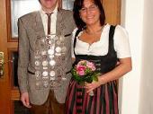 2008 Hatte Andreas Oberloher den richtigen Schuß zur richtigen Zeit. Er vertrat mit seiner Schützenliesl Waldtraut die Grenzlandschützen in Baierbach.