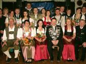 Auch wenn 2011 Markus Graßl Schützenkönig war, so wurde er - wegen seiner Verhinderung - vom 2. Schützenkönig Ludwig Maier und der Damen-Gauschützenkönigin Tina Seisenberger beim Schützenball 2012 vertreten.
