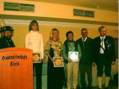 2003 wurde Andrea Gillhuber zweite Gau-Jugendkönigin. Der Gauschützenmeister benötigte zum gratulieren einen Schemel.