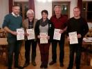 Für langjährige Mitgliedschaft wurden geehrt: v.l.n.r. Schützenmeister Martin Freudenreich (25 Jahre), Barthl Maierthaler (50 Jahre), 2. Schützenmeisterin Tina Seisenberger (30 Jahre), Martin Freudenreich sen. (25 Jahre) und Bernhard Schref (30 Jahre).